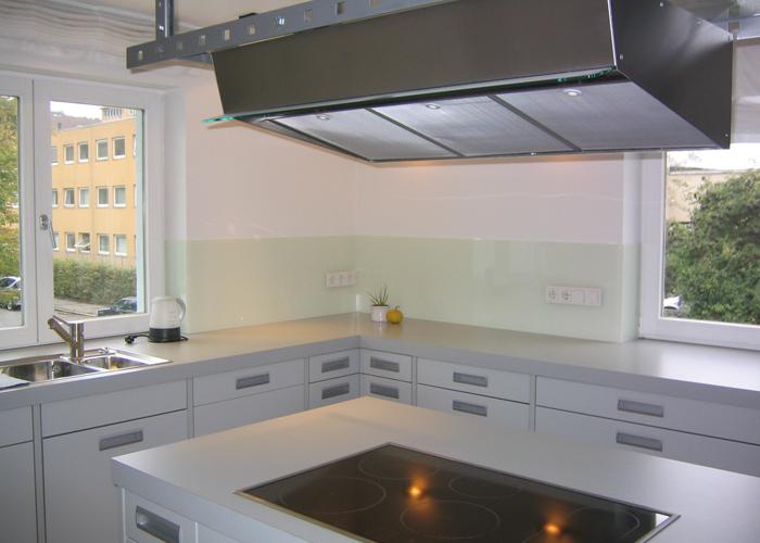 Küche und Glas | Glas Rapp - Duschkabinen, Glastüren, Glasvordächer ...